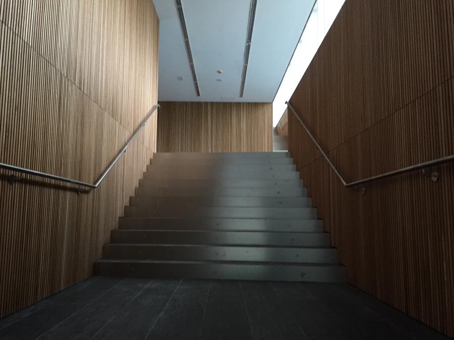 Hall de entrada edificio administrativo