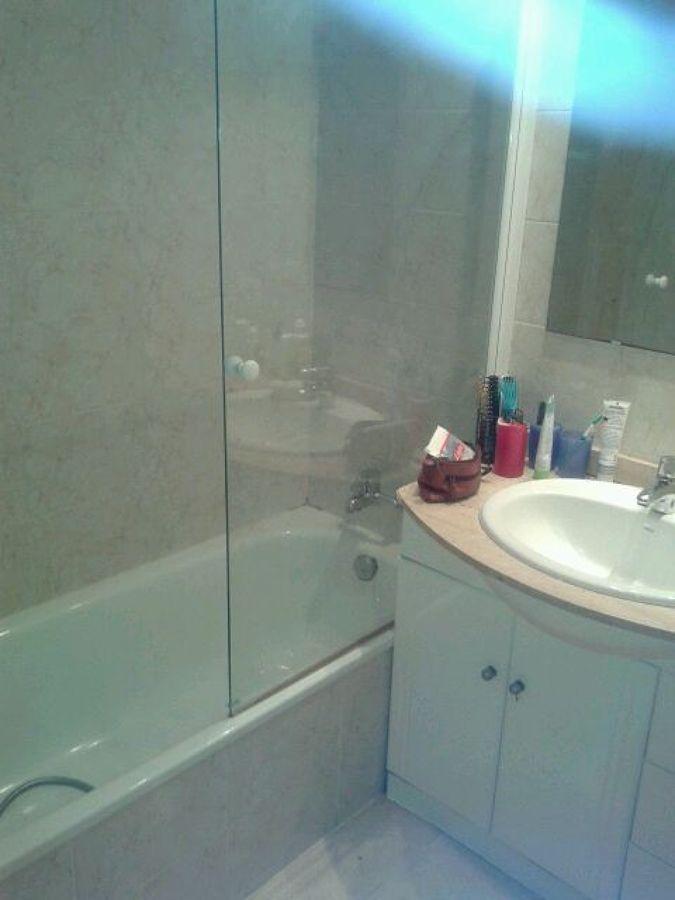 Foto reforma ba o antes de saneamientos josbon 934561 for Saneamientos valencia
