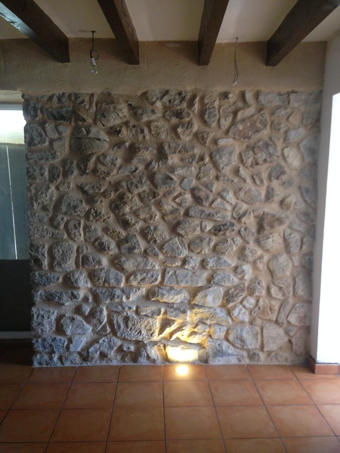 detalles de paredes descubiertas