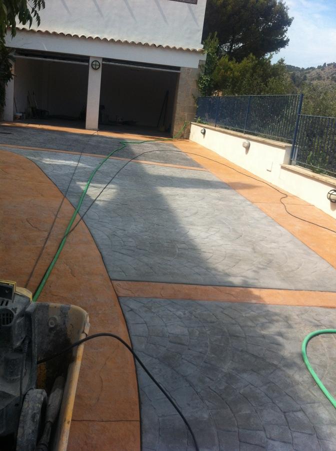 Foto pavimento de hormigon impreso en dos colores y dos - Hormigon impreso badajoz ...