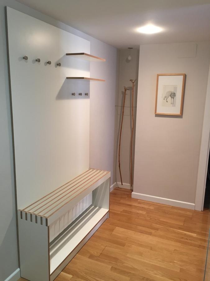 Mueble de entrada lacado blanco