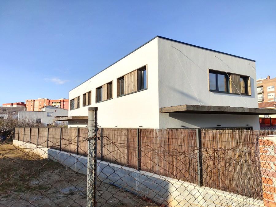 Aislamiento con SATE en vivienda eco-sostenible