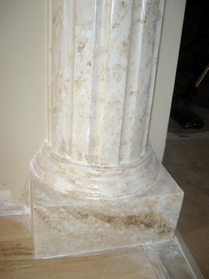 Foto imitacion marmol base columna escayola de rea imasd for Pintura para marmol