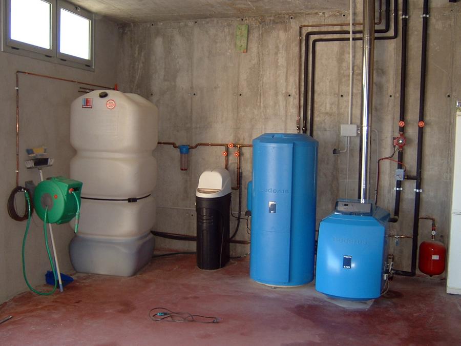 Instal·lació caldera gasoil baix consum BUDERUS