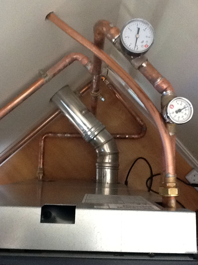 Foto instalacion caldera de pellets de instalaciones d ez - Caldera de pellets ...