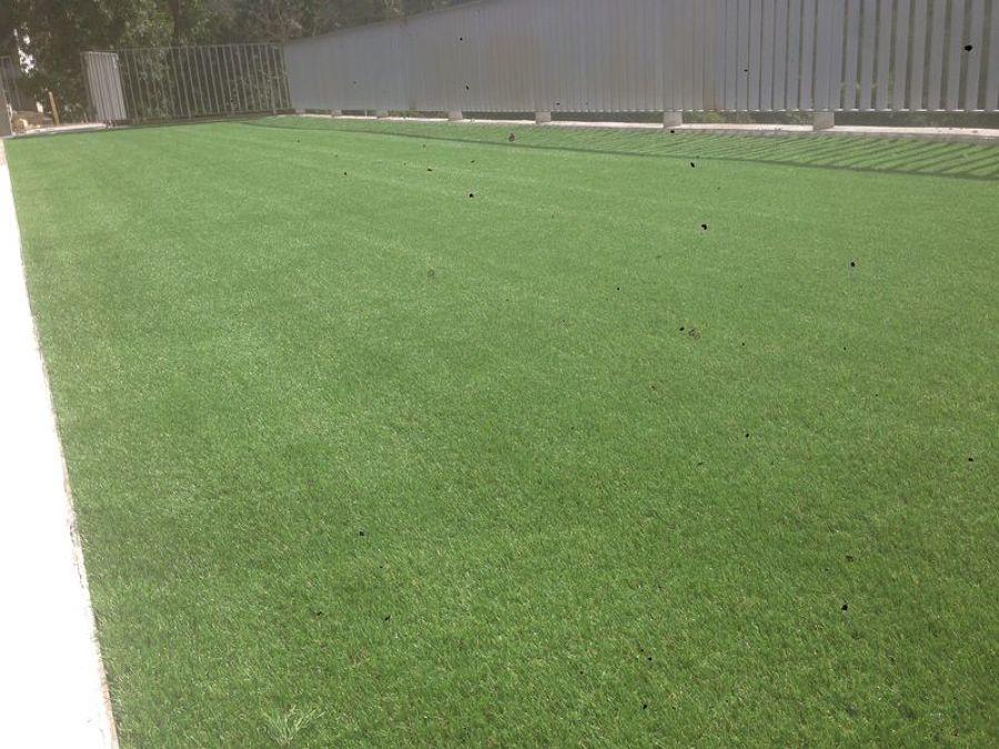 Foto instalacion cesped artificial terraza aoiz de for Cesped artificial terraza