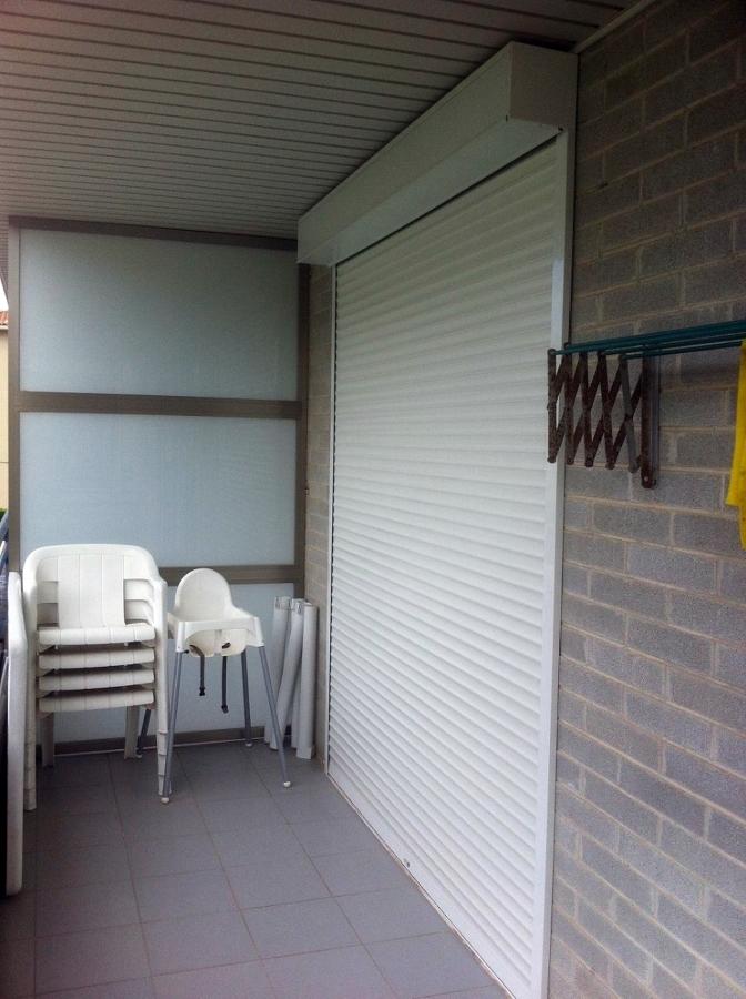 Instalación de persianas eléctricas exteriores