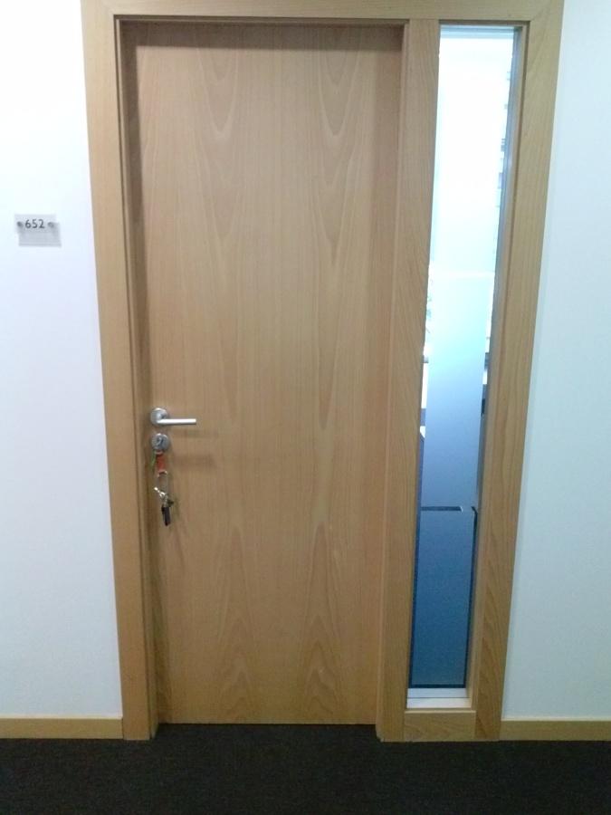 Foto instalacion de puerta de a c reforms 616628 for Instalacion de puertas