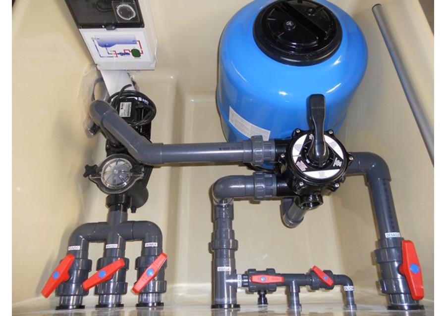 Foto instalacion depuradora en piscina de electrojk for Piscinas rectangulares con depuradora