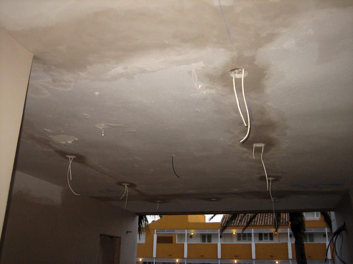 Instalación focos al techo