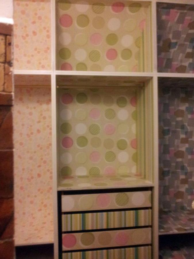 Foto instalaci n papel pintado en armario de empapelados - Papel pintado armario ...