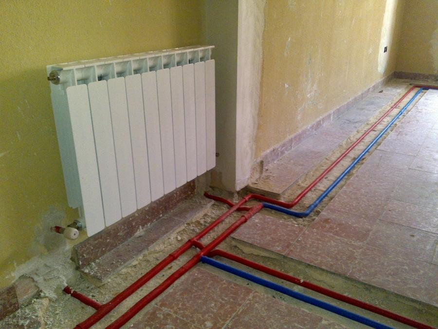 Foto instalacion radiadores reforma de instalaciones d ez - Radiadores para calefaccion ...