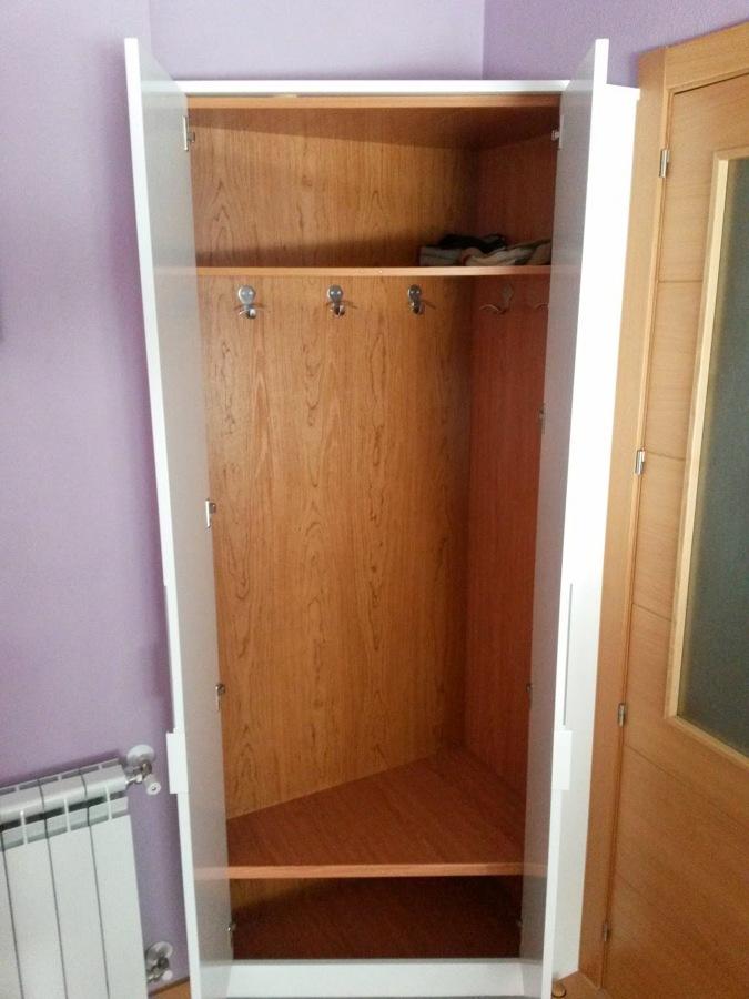 Foto interior armario de carpinteria rivas 682408 - Armario ropero esquinero ...
