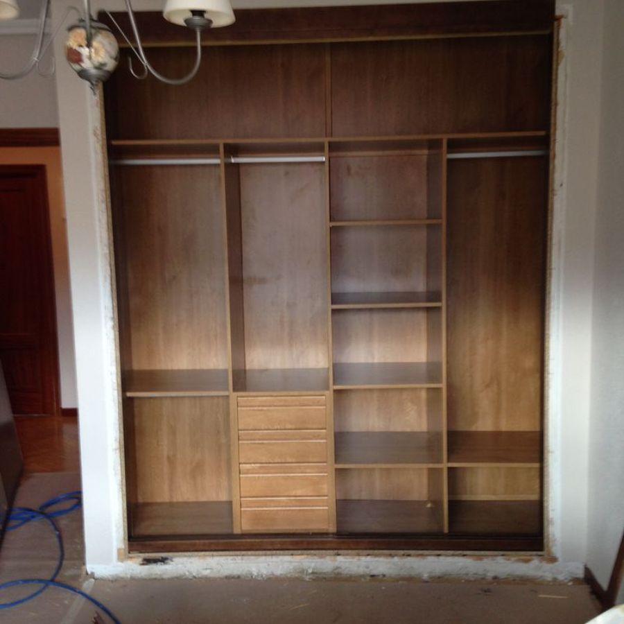 Foto interior de armario de carpinteria gabriel de la - Zapateros interior armario ...