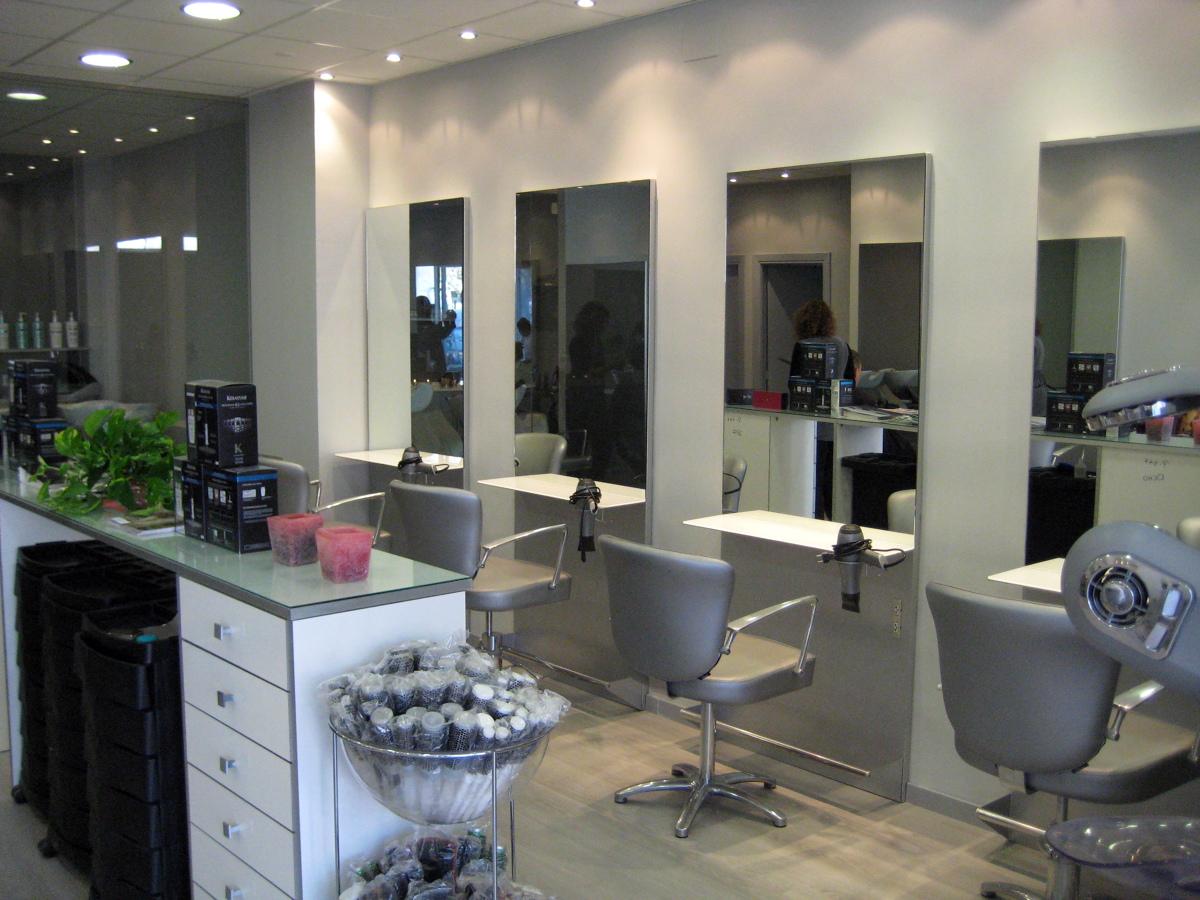 Foto interior peluqueria cebados de dcor creativos y - Como amueblar una peluqueria ...