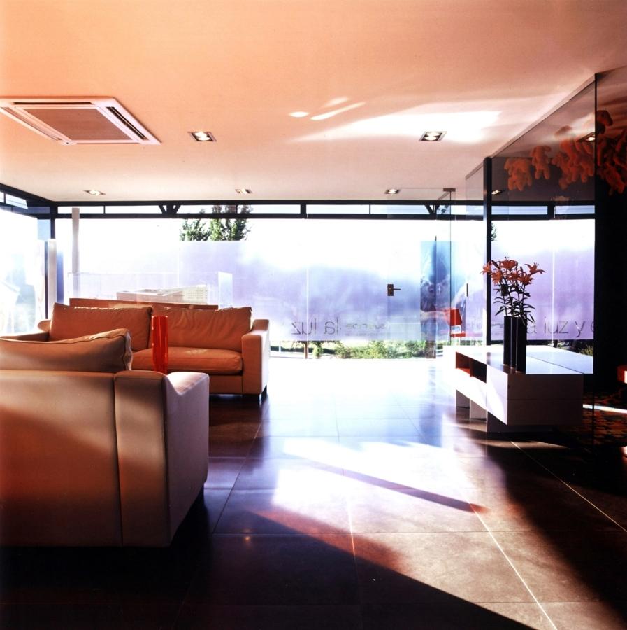 Foto interiorismo comercial de eoc estudioscarcastro for Interiorismo comercial