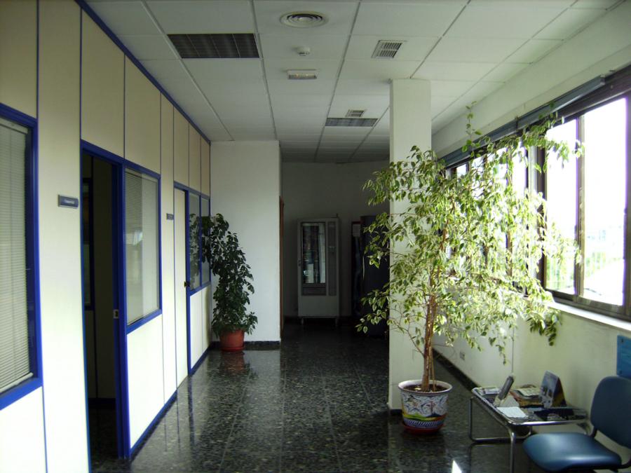 Foto interiorismo en oficinas y mantenimiento de las for Interiorismo oficinas