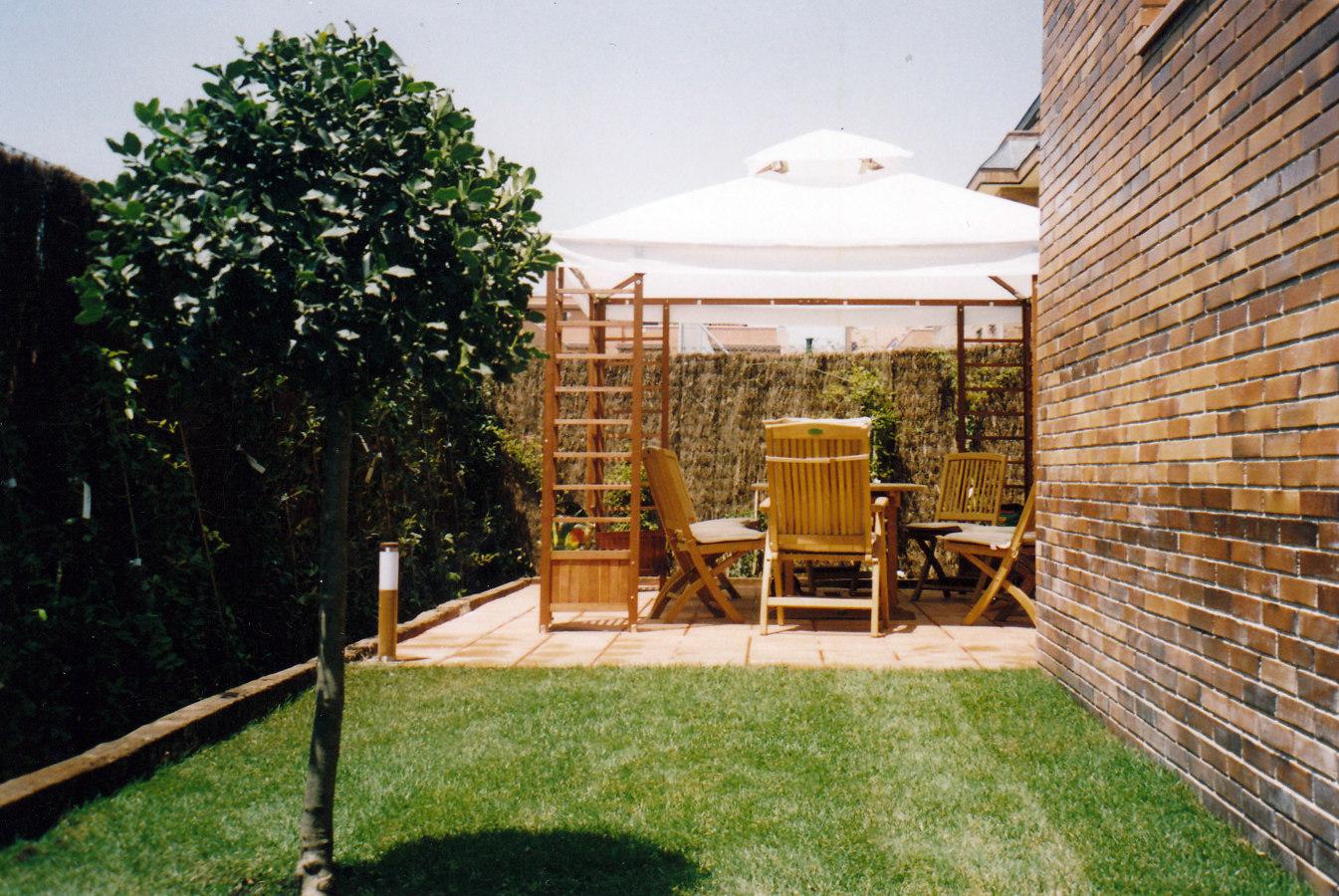 Foto jardin en las matas de jardines paco s l 210059 for Matas de jardin