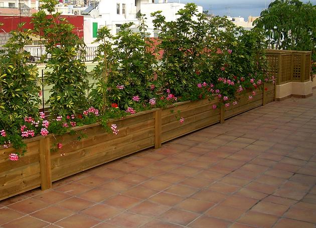 Jardineras De Madera Para Exterior Combina La Madera Para Exterior