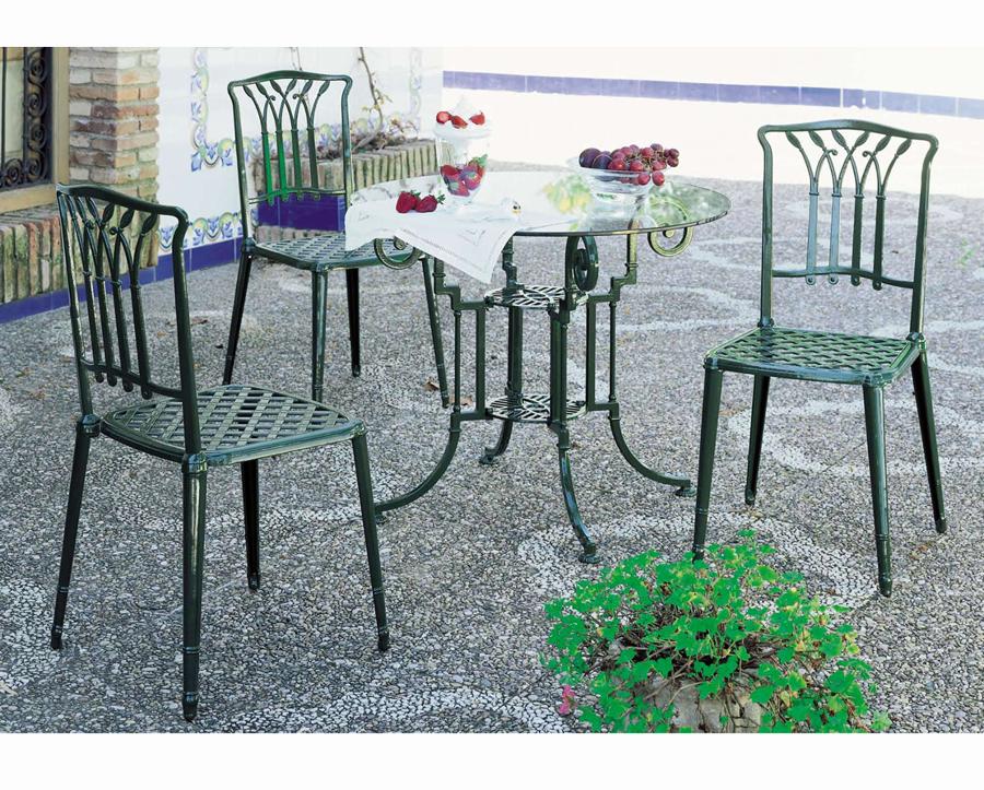 Foto juego de jard n con mesa y sillas de cosmobili for Mesas y sillas de jardin