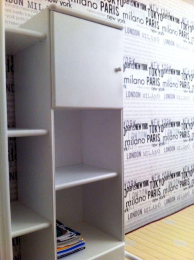 Lacado dormitorio y colocación papel pintado