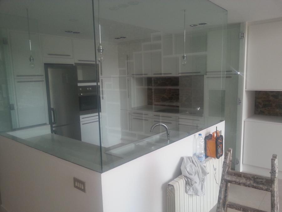 Foto lacado muebles de cocina de anel interiors sl for Lacado de muebles