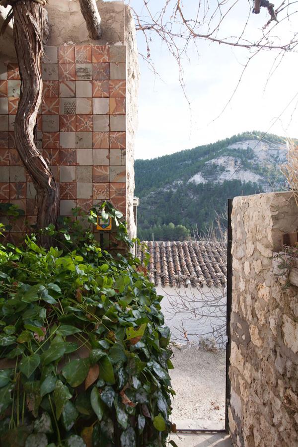LeAatelier_Paisajismo casa campo-puerta entrada