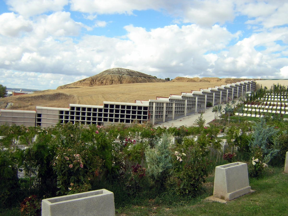 Foto legalizaci n cementerio parque el salvador - Arquitectos en valladolid ...