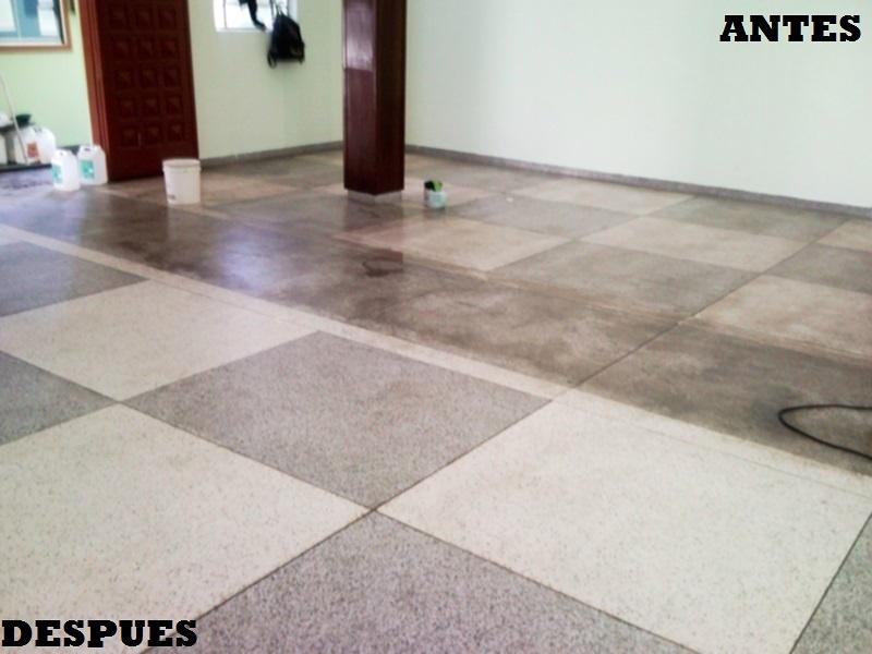 Limpieza de suelos y superficies.