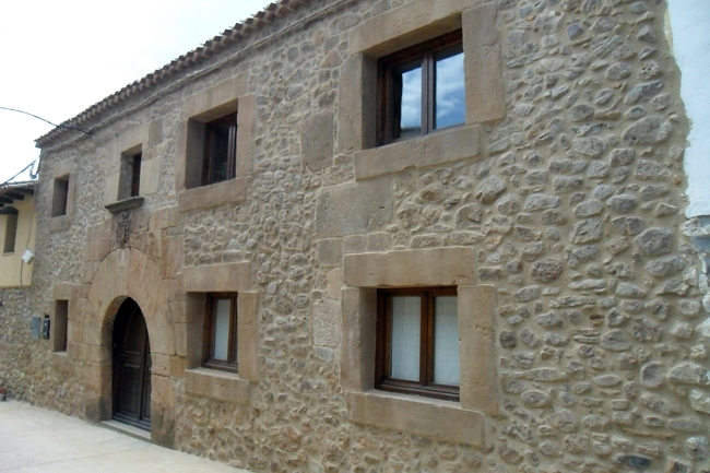 Foto linpieza de fachadas de piedra de a g m reformas en for Piedra rustica para fachadas