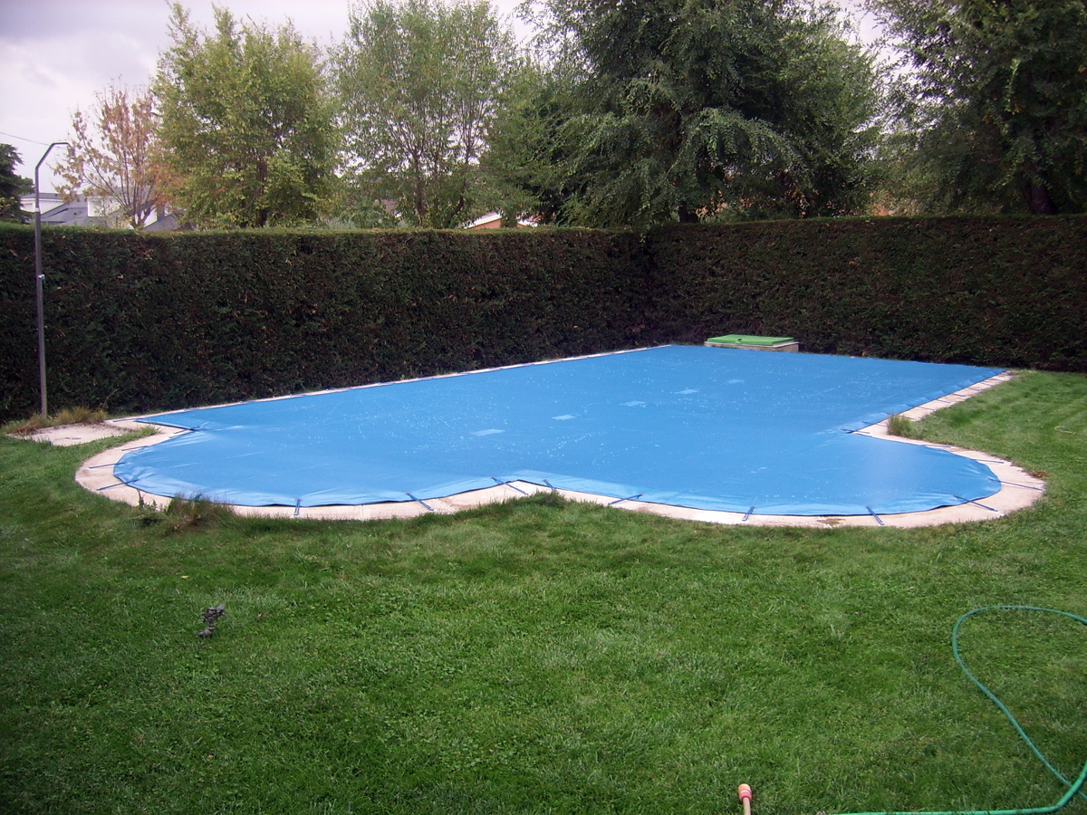 Foto lonas para piscina de toldos el lago 174787 for Lonas para tapar piscinas