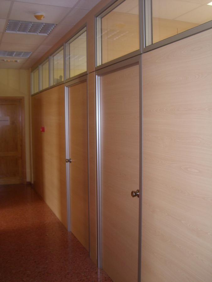 Mamparas con puerta