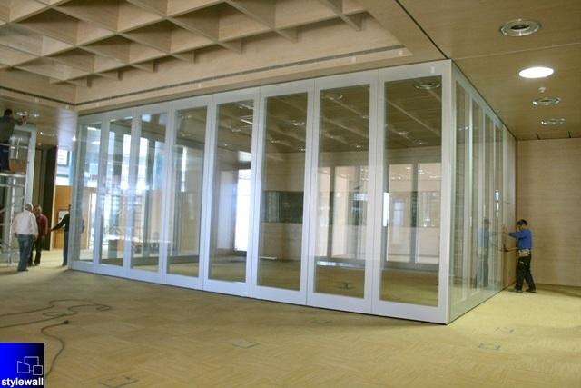 Foto mamparas divisorias de oficinas tabiques y muros - Tabiques divisorios moviles ...
