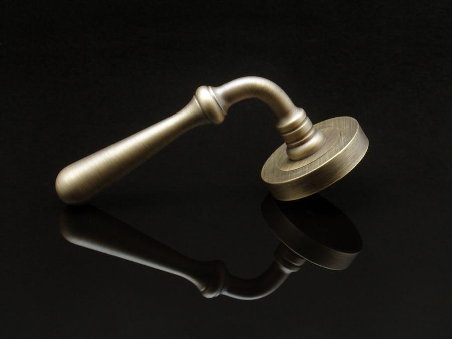 Foto manivela modelo 1075 de jandel manivelas para - Manivela de puerta ...