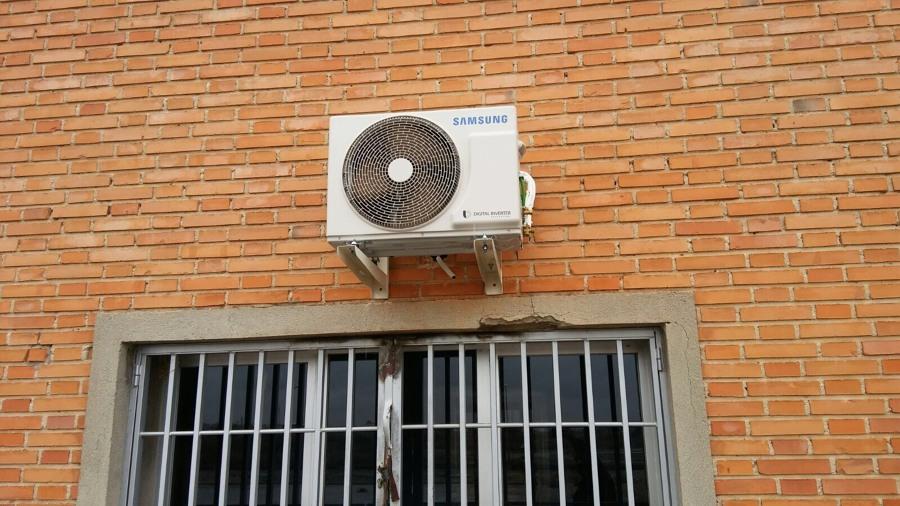 Instalación Aire acondicionado exterior