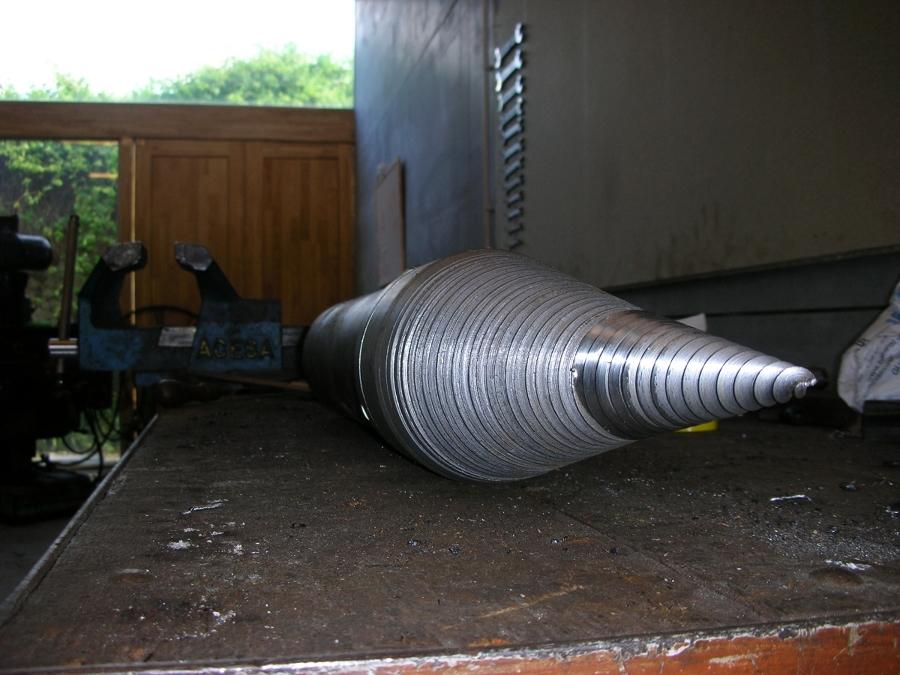 Foto maquina astilladora de le a de noval ingenieria y for Maquina de astillar lena