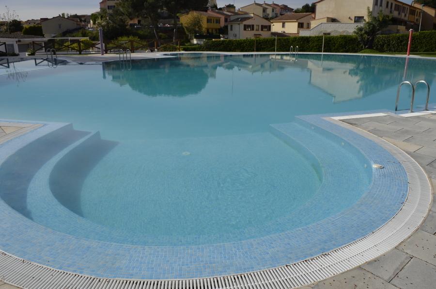 foto piscina comunitaria de 947927 habitissimo On piscina comunitaria