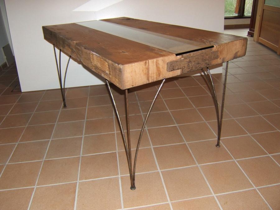 Foto mesa casta o derribo de muebles recorio 621061 for Muebles de derribo