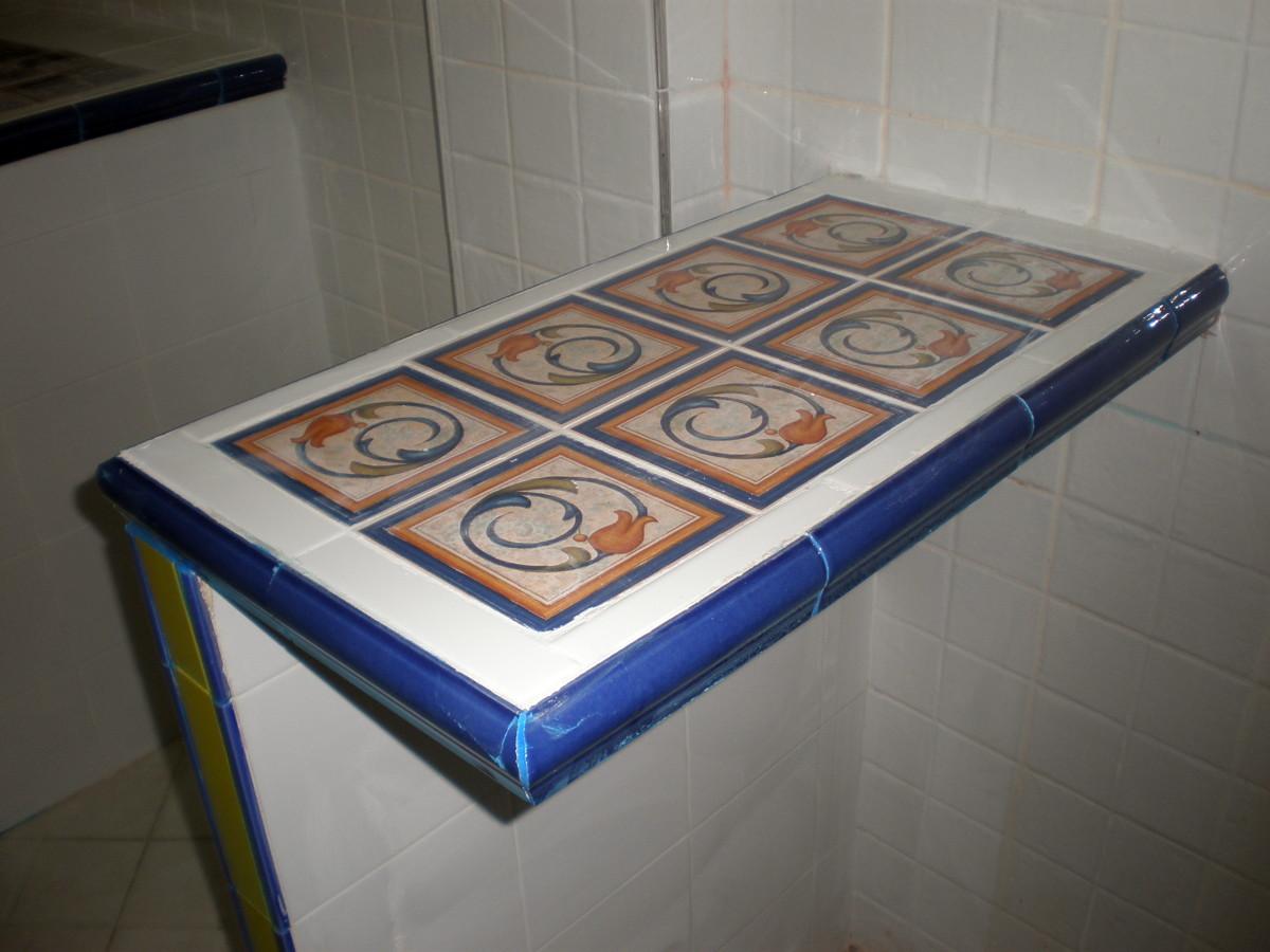 Foto mesa de cocina en voladizo de corema for Mesa cocina tenerife