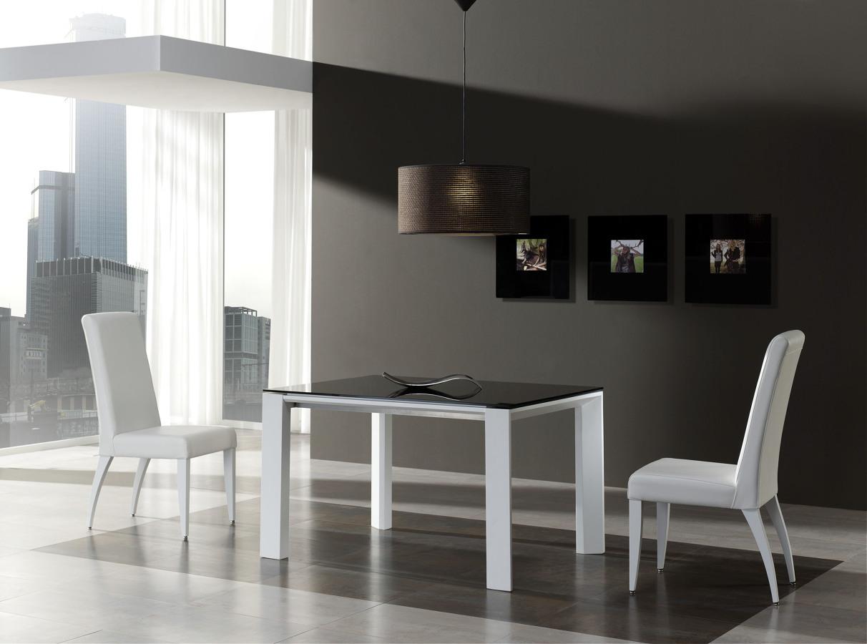 Foto mesa de comedor extensible en laca blanca y cristal de 217892 habitissimo - Mesa blanca comedor ...