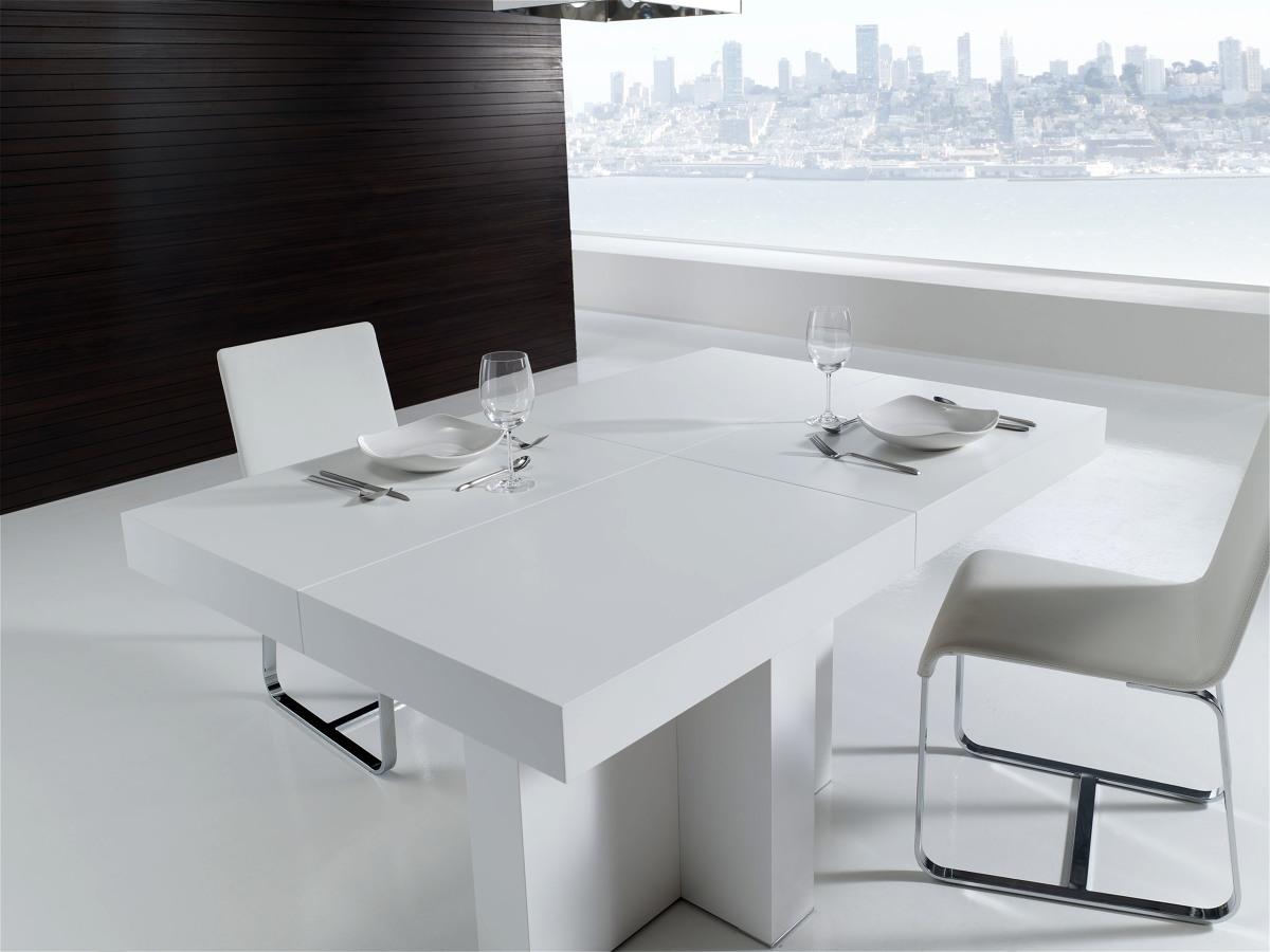 Foto mesa de comedor pie central en laca blanca de for Mesas y sillas blancas de comedor
