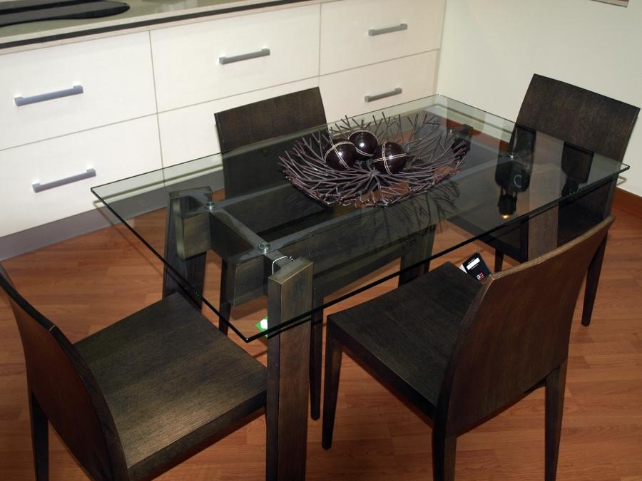Foto mesa de crista centro de cocina de josman hermanos for Mesa cocina sevilla