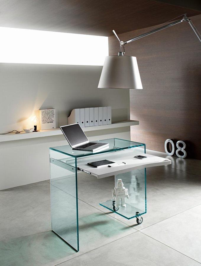 Foto mesa de ordenador autotransportable de cristal de for Mesa ordenador cristal