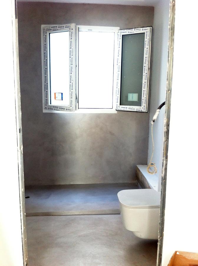microcemnto en baño