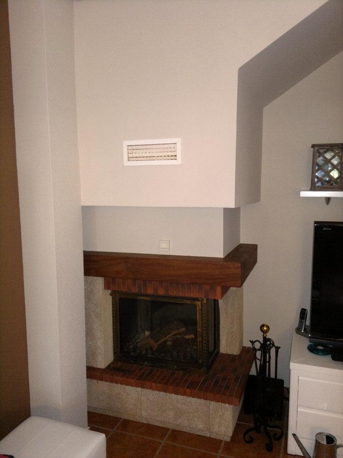 Foto modelo especial con hogar en fundici n de chimeneas for Chimeneas de fundicion