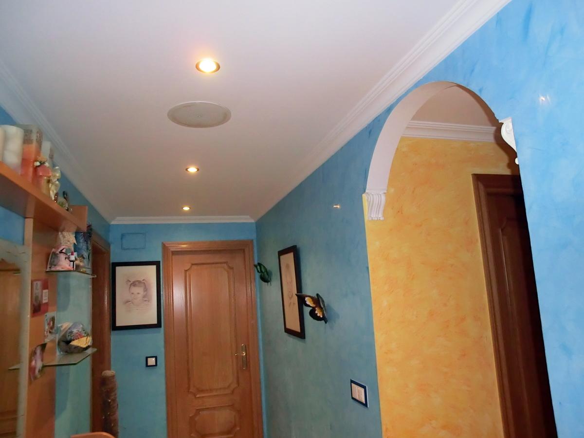 Foto molduras de escayola con arco decorativo de - Arcos decorativos para puertas ...