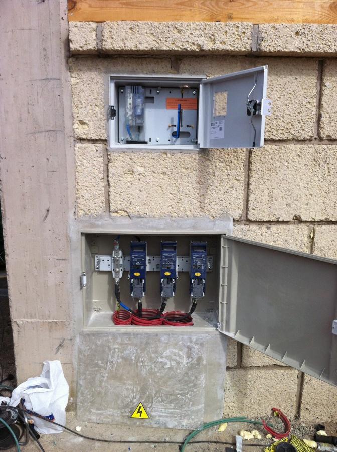 Montaje y colocación de aparamenta eléctrica