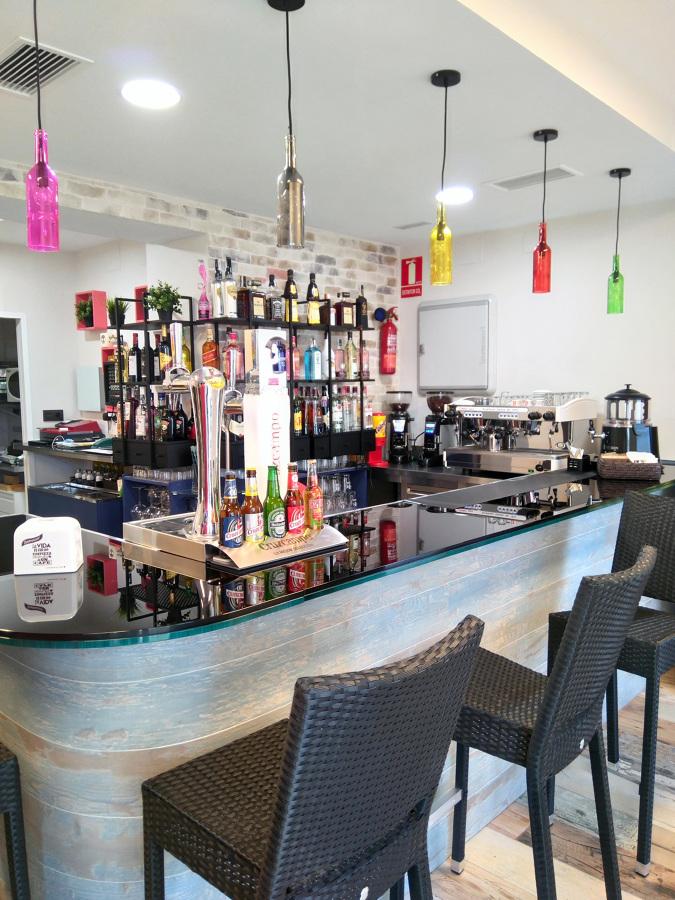Cafetería/Bar de Copas