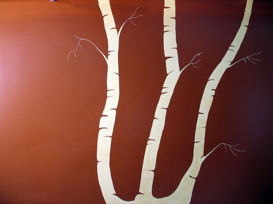Decoración Low-cost. Motivo de árbol pintado en pared.