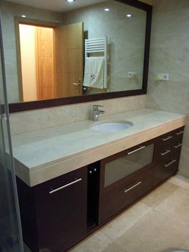 Encimeras Baño Wengue:Foto: Mueble bajo Encimera Wengue de Muebles De Baño Jara #281998